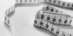 mètre permettant la mesure, en l'occurrence le tour de taille